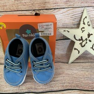 Twinkle Firsts shoes size 6-9 months